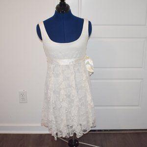 White Floral Rose Dress Size 3/4